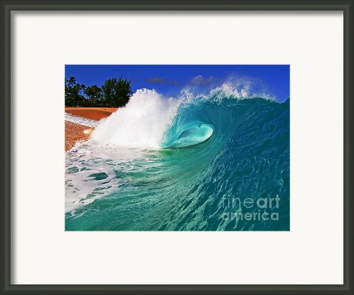 Shorebreaker Framed Print By Paul Topp
