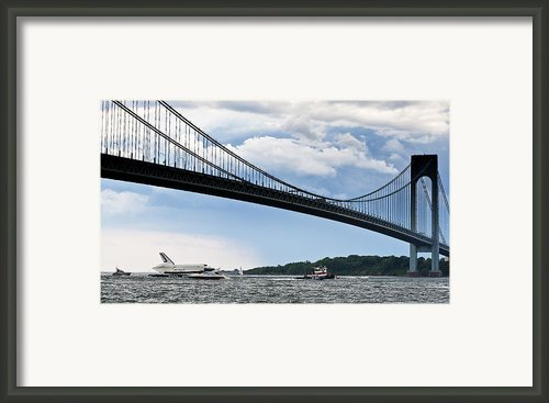 Shuttle Enterprise Framed Print By Roni Chastain