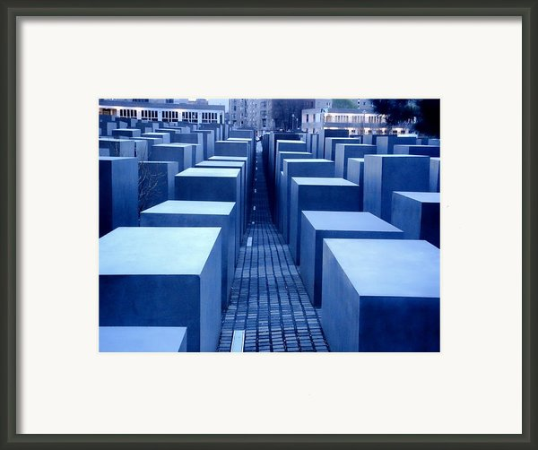 Silence Framed Print By Roberto Alamino