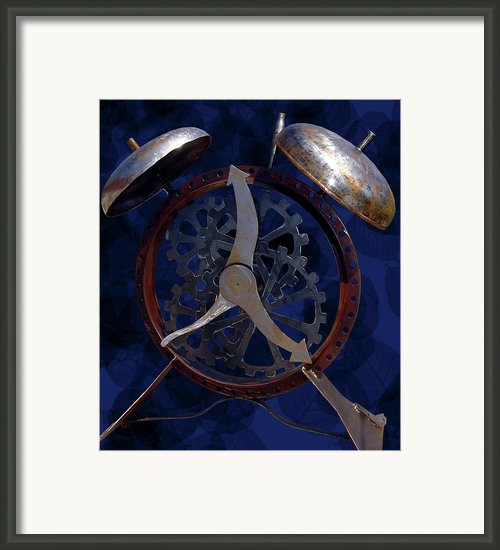 Silentalarm Framed Print By Robert Trauth