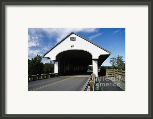Smith Covered Bridge - Plymouth New Hampshire Usa Framed Print By Erin Paul Donovan