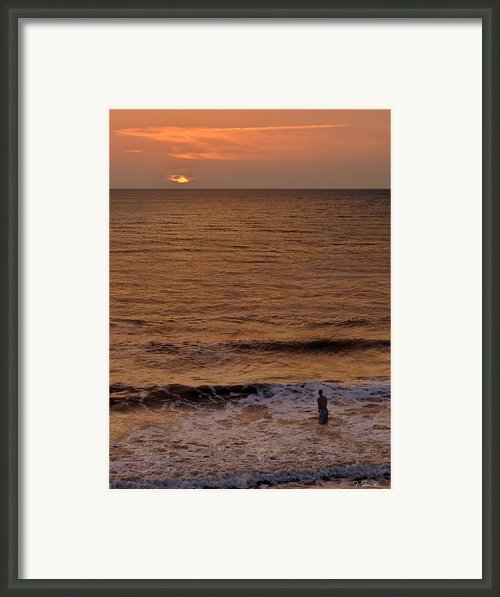 Sunrise At Jacksonville Framed Print By Joe Bonita