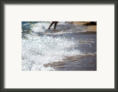 Surf Crashing Framed Print By Lisa Knechtel