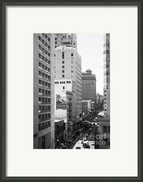 Sutter Street West View . Black And White Photograph 7d7506 Framed Print By Wingsdomain Art And Photography