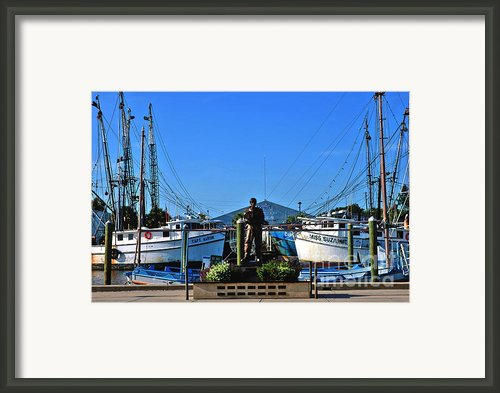Tarpon Springs Waterfront Framed Print By Susanne Van Hulst