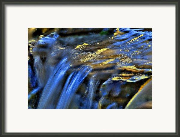 Taylor Waterfall Framed Print By David Clark