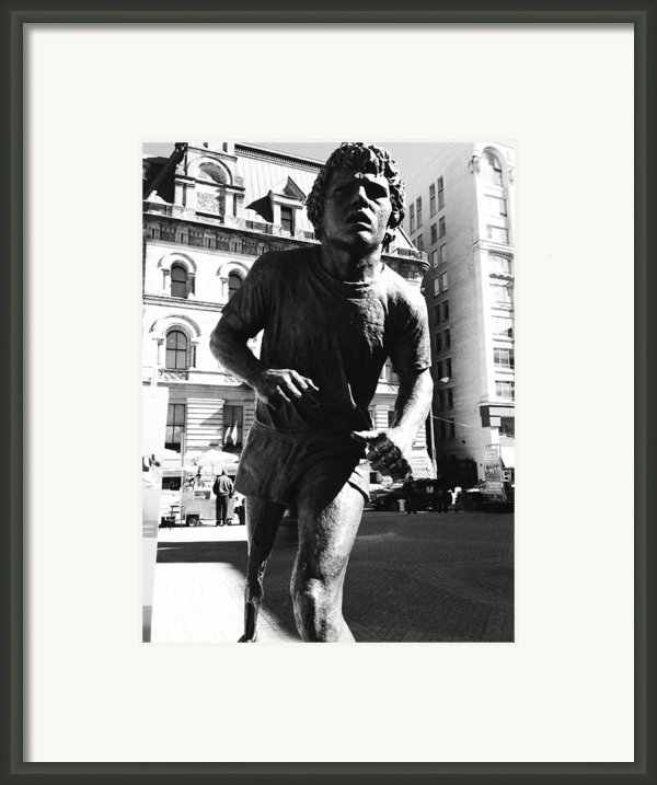 Terry Fox Framed Print By Kevin Gilchrist