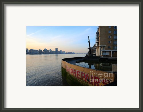 Thames Sunrise Framed Print By Donald Davis