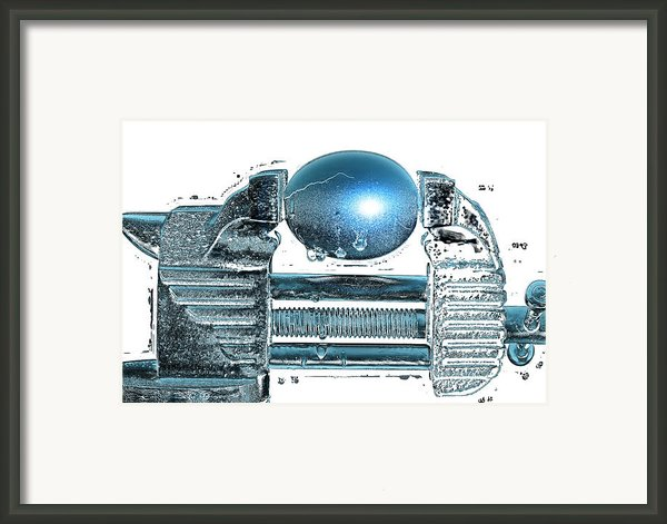 The Big Squeeze  Framed Print By Mauro Celotti