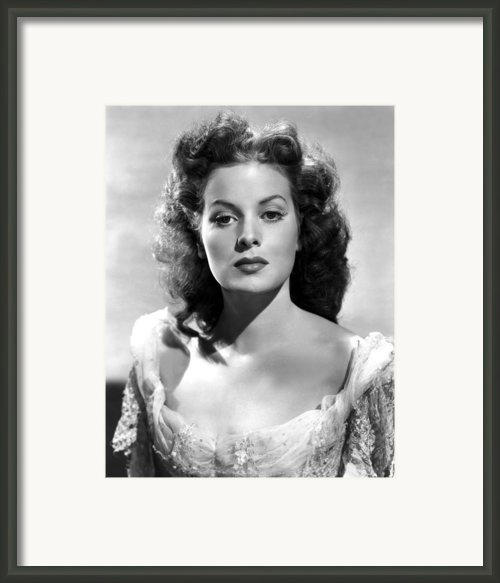 The Black Swan, Maureen Ohara, 1942 Framed Print By Everett