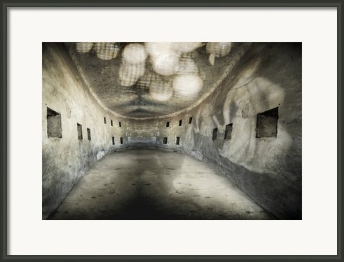 The Cul-de-sac Of Life. Framed Print By Emilio Lovisa