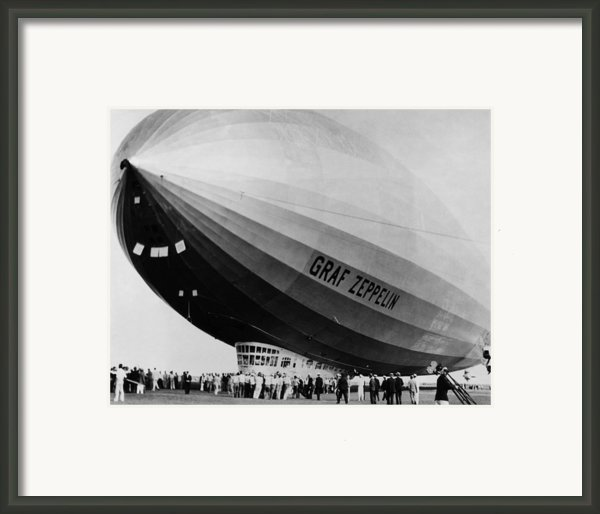 The Lz 129 Graf Zeppelin, Making Framed Print By Everett