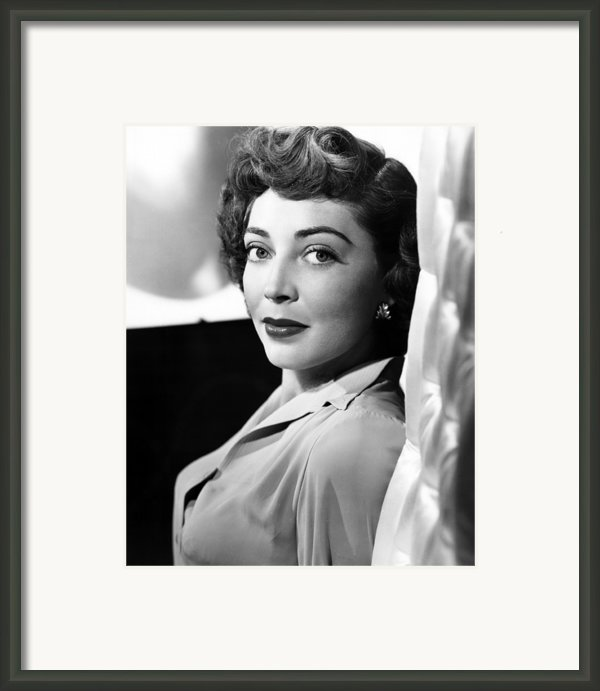 The Narrow Margin, Marie Windsor, 1952 Framed Print By Everett