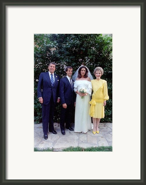 The Reagan Family At Patti Daviss Framed Print By Everett