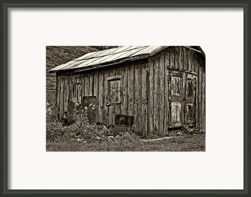 The Shed Sepia Framed Print By Steve Harrington