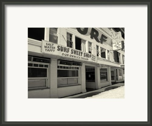 The Surf Sweet Shop Framed Print By Lois Lepisto