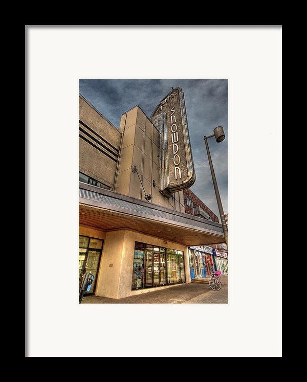 Theatre Snowdon Framed Print By Elisabeth Van Eyken