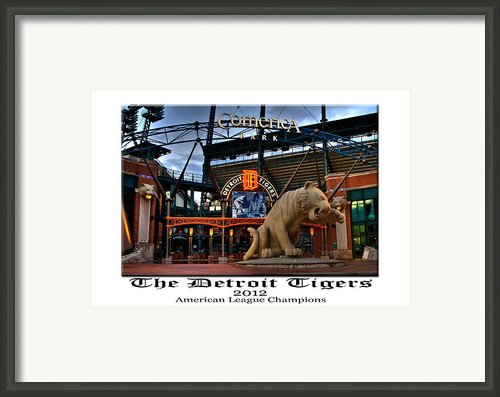 Tigers Win Framed Print By Dave Manning