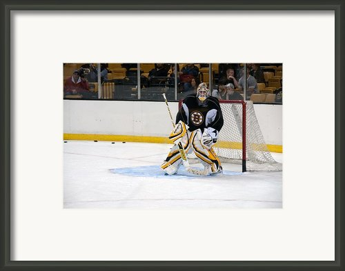 Tim Thomas Framed Print By Mike Martin