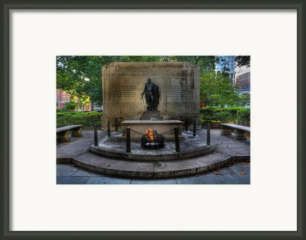 Tomb Of The Unknown Revolutionary War Soldier - George Washington  Framed Print By Lee Dos Santos