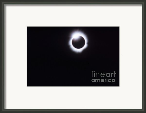 Total Solar Eclipse Framed Print By Photo Researchers