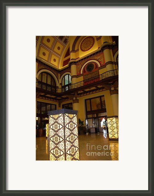 Trainstation Hotel Nashville Framed Print By Susanne Van Hulst