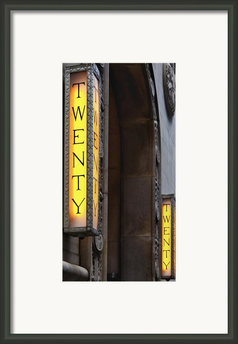 Twenty Twenty Framed Print By Robert Ullmann
