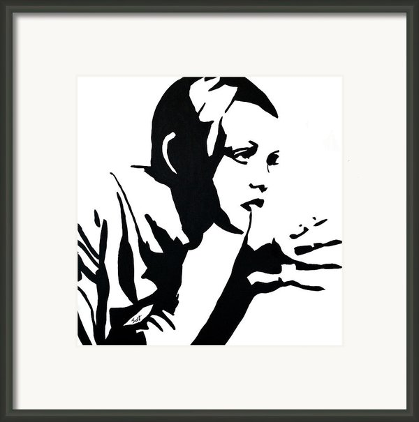 Twiggy Framed Print By Jett Vivere