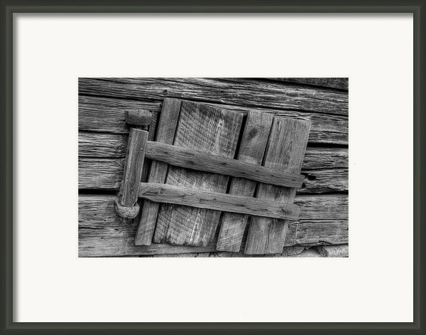 Unhinged Framed Print By Charles Warren