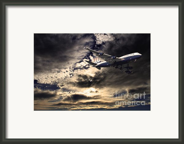 United Airlines . Flying The Friendly Skies Framed Print By Wingsdomain Art And Photography