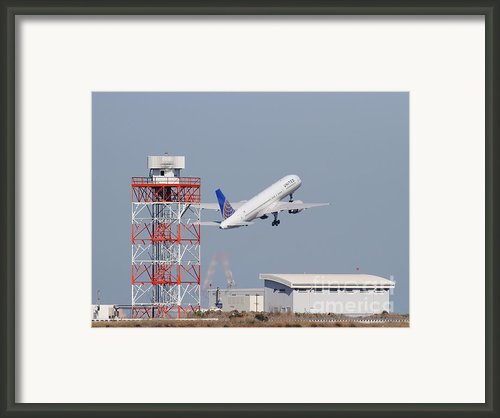 United Airlines Jet Airplane At San Francisco International Airport Sfo . 7d11846 Framed Print By Wingsdomain Art And Photography