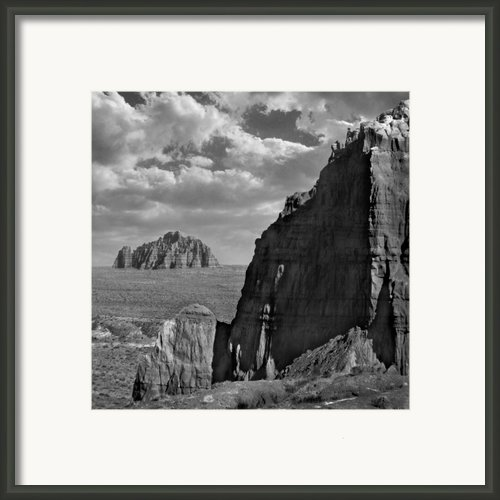 Utah Outback 26 Framed Print By Mike Mcglothlen