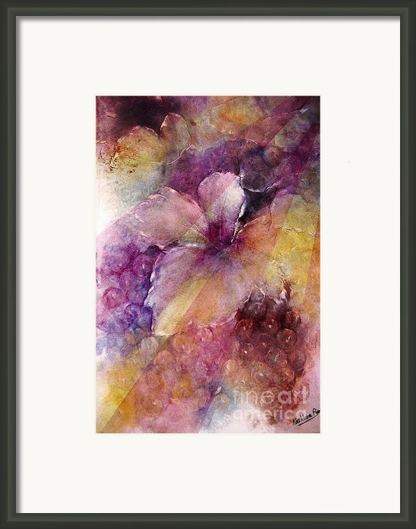 Uva Al Sole Framed Print By Kathleen Pio