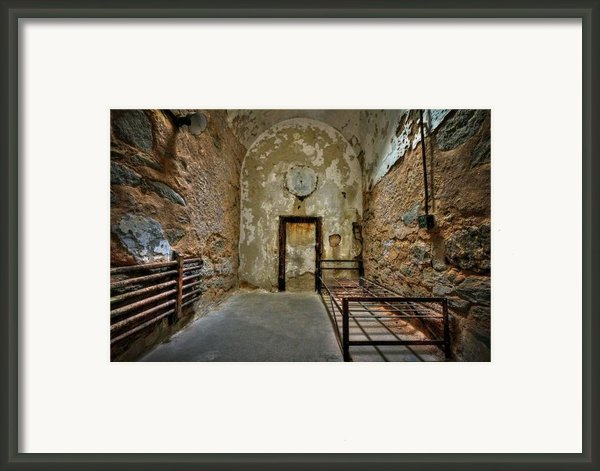 Vacancy Framed Print By Evelina Kremsdorf