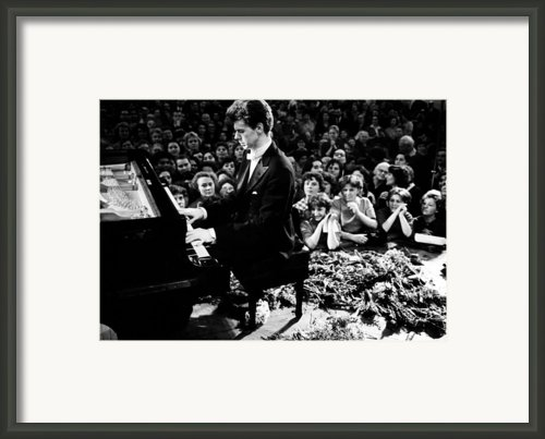 Van Cliburn Is The First Foreigner Framed Print By Everett