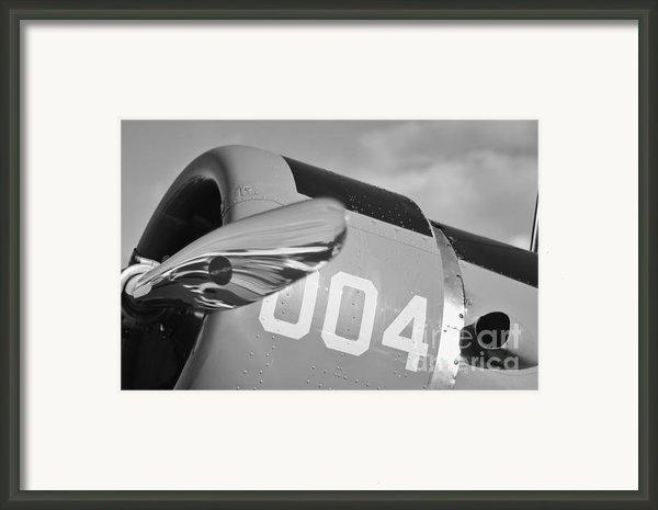 Vultee Bt-13 Valiant In Bw Framed Print By Lynda Dawson-youngclaus