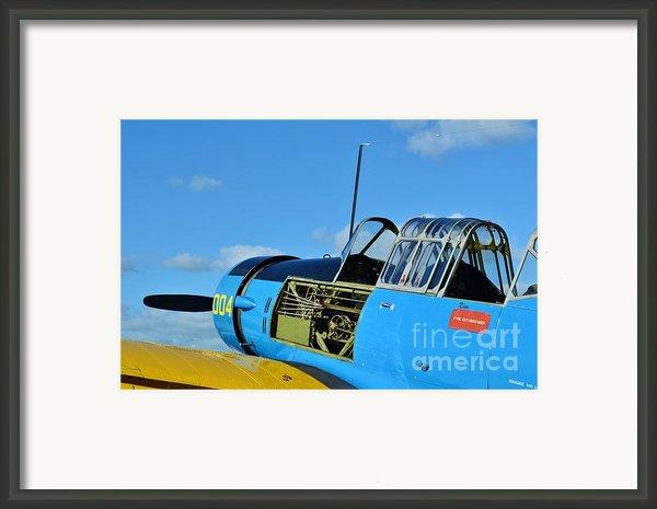 Vultee Bt-13 Valiant  Framed Print By Lynda Dawson-youngclaus