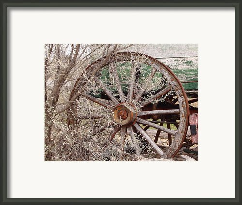 Wagon Wheel Framed Print By Robert Frederick
