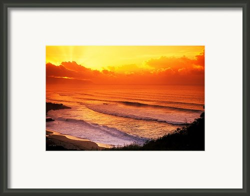 Waimea Bay Sunset Framed Print By Vince Cavataio - Printscapes