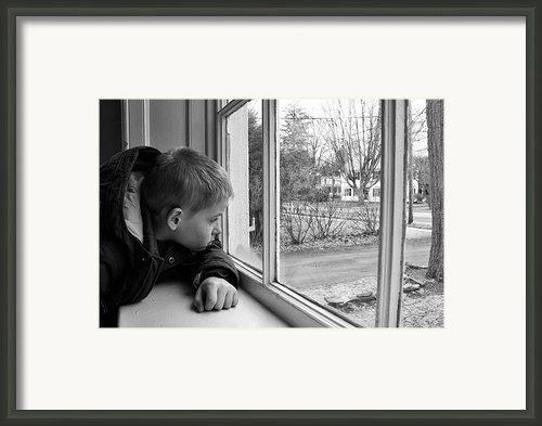 Waiting Framed Print By Nathan Larson