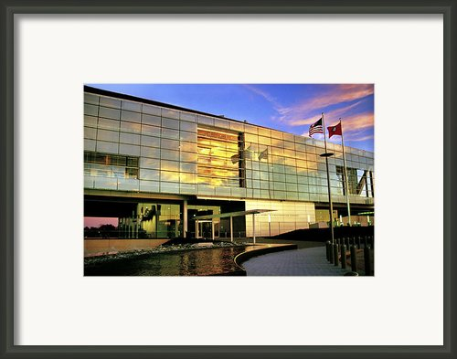 William Jefferson Clinton Presidential Library Framed Print By Jason Politte