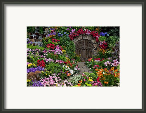 Wine Celler Gates  Framed Print By Garry Gay