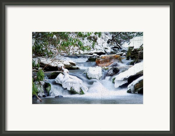 Winter Framed Print By Darren Fisher