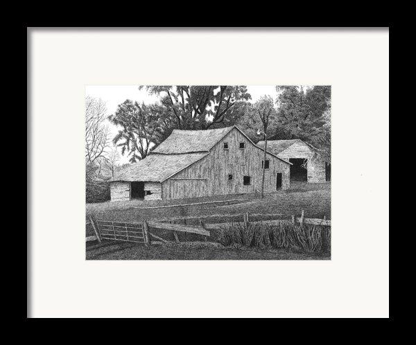 Barn 14 Framed Print By Joel Lueck