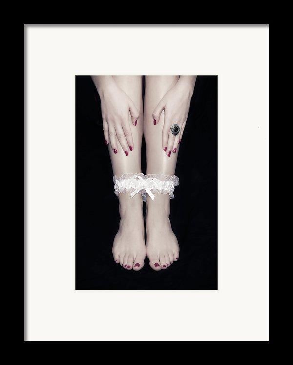 Bonded Legs Framed Print By Joana Kruse