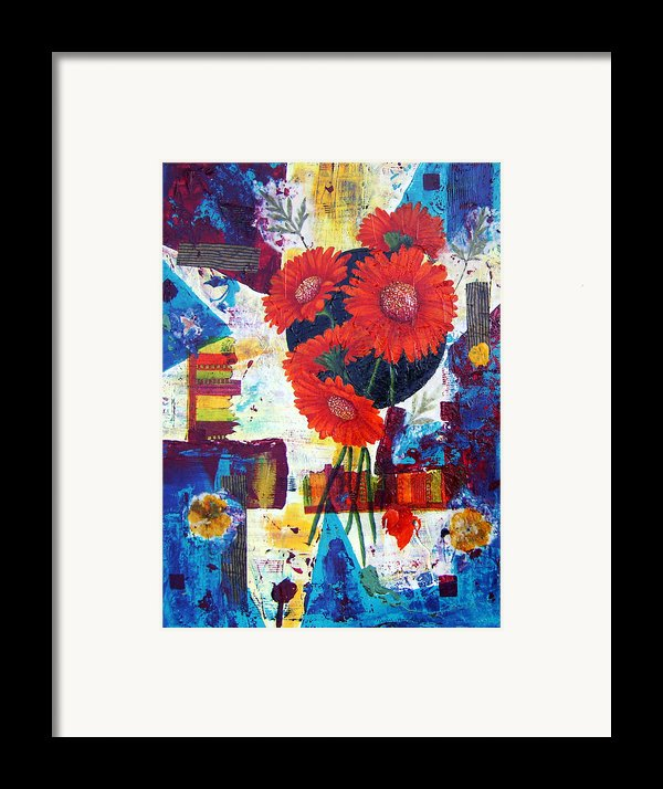 Dance Of The Daisies Framed Print By Terry Honstead