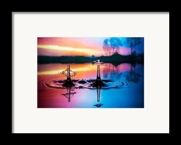 Double Liquid Art Framed Print By William Lee
