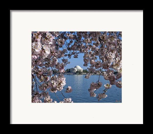 Jefferson Memorial On The Tidal Basin Ds051 Framed Print By Gerry Gantt
