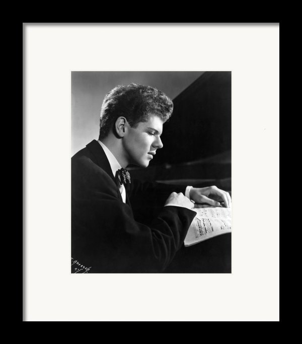 Van Cliburn, 1954 Framed Print By Everett