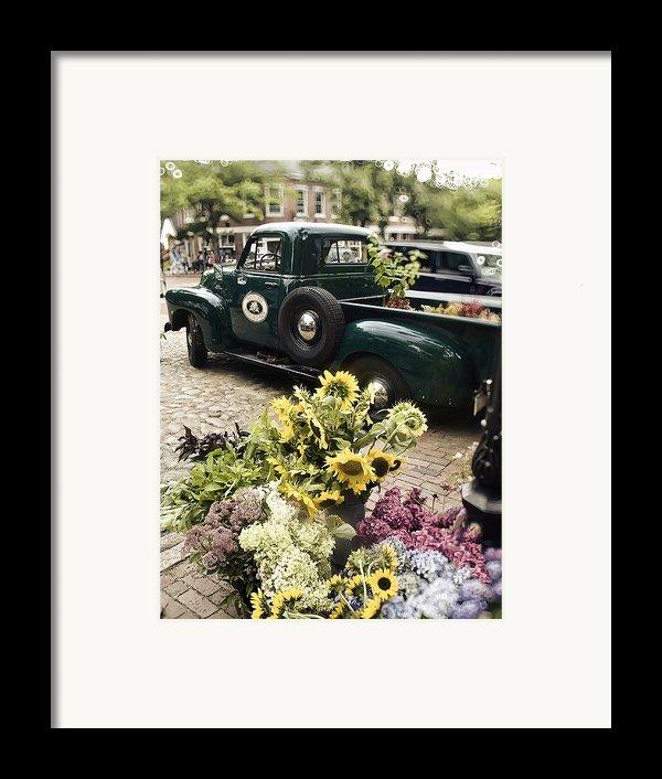 Vintage Flower Truck-nantucket Framed Print By Tammy Wetzel